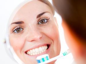 牙齿发黄可以用这几种方法来解决