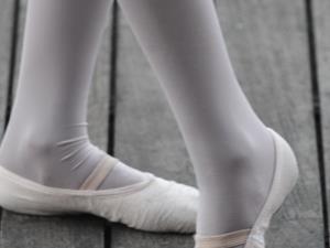 芭蕾运动减肥舞出苗条好身材