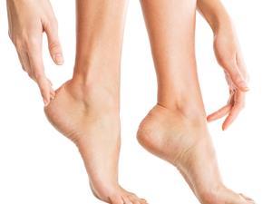 脚气奇痒难耐 到底该怎么治?