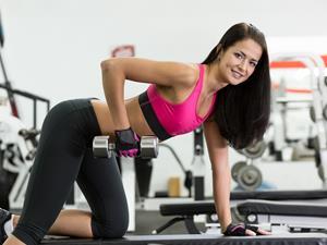 哑铃锻炼会减少身体脂肪