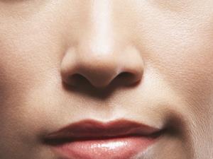 女人皮肤粗糙吃什么