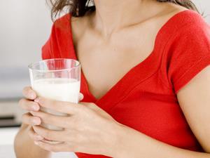 为什么牛奶吃太快会致腹泻?