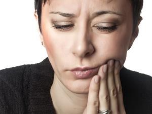 复发性口腔溃疡会不会癌变?