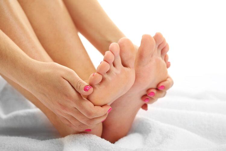 长久泡脚的人,2个优点会慢慢泛起!但泡脚有一个禁忌