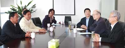 中国医药卫生事业发展基金会王彦峰理事长会见青海省黄南州委书记李选生一行