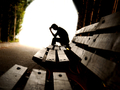 男大学生艳遇后不堪压力欲自杀