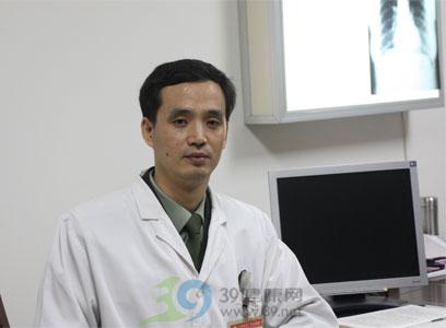 专家访谈:肺癌—全世界的难题