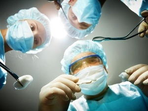 癌症患者的眼角膜能不能移植?