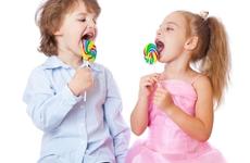 幼童把药当糖吃,误食8袋阿莫西林,带娃的误区你都中了几个?