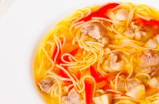 料食如神:孩子长高高的营养食谱丨鱼泥番茄鸡蛋面