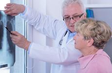 """肺癌找上门时,会有哪些""""踪迹""""?"""