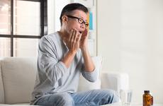 """癌症患者化疗后口腔溃疡怎么办?三个""""保持""""可有效缓解"""