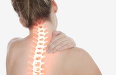 强直性脊柱炎确诊平均延误6年,年轻人出现这种状况要当心!