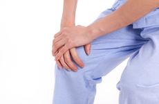 痛风病的症状有哪些?生活中如何预防痛风