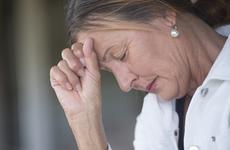 早期白内障症状表现有哪些?这些异常情况要注意