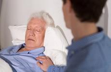 白内障的早期症状有哪些?这些异常情况要注意