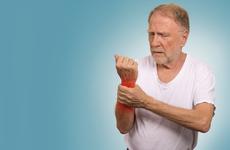 四肢酸痛就是风湿?早期风湿4个
