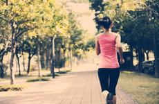 这两种运动养生又减脂,在家就能做