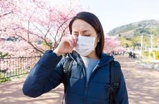 """当""""花粉过敏季""""遇到防疫战,过敏患者:我太难了!"""