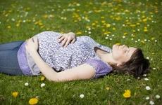 怀孕一个月饮食需要注意什么  孕早期饮食注意事项有哪些