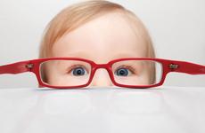 除了手机,这些习惯也会毁掉孩子视力,家长叹息:早点知道就好了