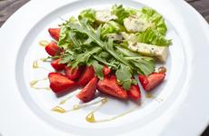 食物也能防晒,夏季防晒就吃这几类食物