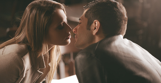 接吻一次交换8000万细菌!这5种病都