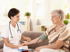 年纪大了血压高很正常?揭开高血压三大误区