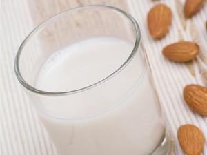 正确喝牛奶可以延缓衰老