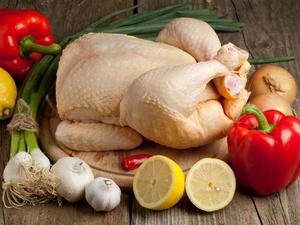 减肥期间,怎么样不用油做出好吃的鸡胸肉?