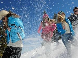 滑雪场游客被电线绊倒身亡!滑雪时,请牢记滑雪安全知识