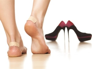 章子怡高跟鞋神器被围观,高跟鞋脚痛莫隐忍,7招可解决!