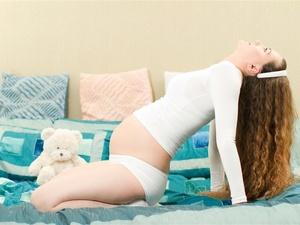 你造吗?孕妇染发易致胎儿畸形甚至流产!