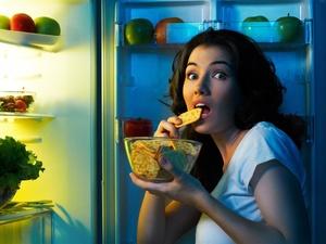减肥时总想吃东西?这些食物能拯救你