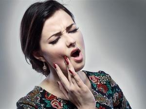 口腔溃疡反复发作?是这些原因在作祟!