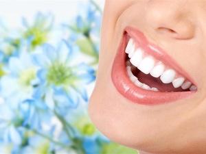 牙齿发黄不敢笑?试试这6个牙齿美白妙招