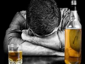 """直播喝酒喝油猝死!细数那些年的奇葩""""吃播"""""""