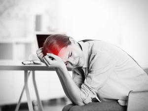 经常头痛,是哪里出问题?在中医眼中,干扰的因素有7个