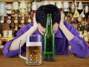 年底应酬多,喝酒前做4件事减少酒精伤害