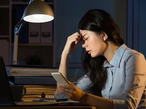 女人经常熬夜要警惕5类妇科病