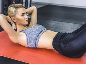 仰卧起坐的正确做法 减腹也要讲究技巧