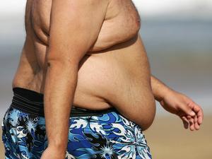 世界上最胖的人减重660斤:一胖百病生!超重易惹来8种癌