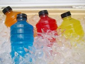 解渴、好喝、不长胖,真的有这么好的运动饮料吗?