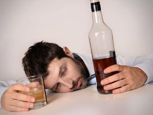 """喝酒猝死有4个""""开关""""!爱喝酒的人一定要管好"""