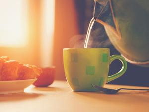 早上空腹喝淡盐水能减肥吗?