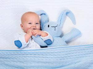 宝宝出汗多,缺钙还是体质虚弱?一文解答