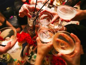 春节亲友聚会,酒桌健康Tips要牢记