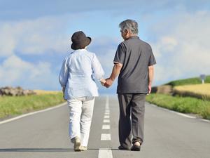 """老人能过""""夫妻生活""""吗?在3件事上把好关,不影响健康"""