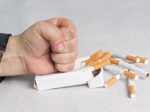 戒烟多久才敢说成功了?如果身体出现5种变化,基本算是成功