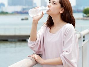月经期间女性不能过度运动,喝点这个也能减肥